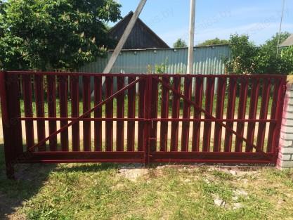 Ворота из металлоштакетника